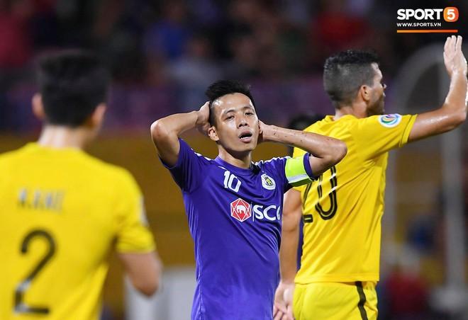 Văn Quyết gia nhập CLB 100 trong ngày Hà Nội FC tạo nên lịch sử ở đấu trường châu lục - Ảnh 5.