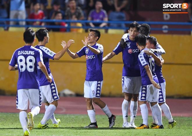 Văn Quyết gia nhập CLB 100 trong ngày Hà Nội FC tạo nên lịch sử ở đấu trường châu lục - Ảnh 8.