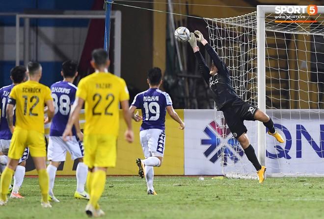 Văn Quyết gia nhập CLB 100 trong ngày Hà Nội FC tạo nên lịch sử ở đấu trường châu lục - Ảnh 9.