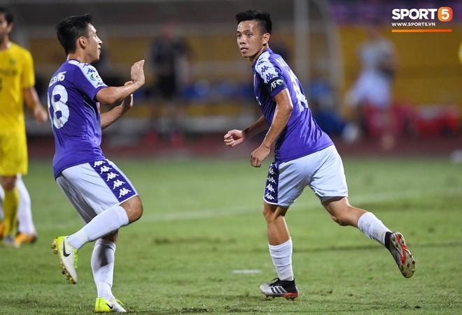 Văn Quyết gia nhập CLB 100 trong ngày Hà Nội FC tạo nên lịch sử ở đấu trường châu lục - Ảnh 3.