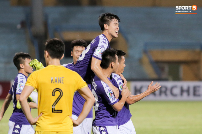 HLV Ceres Negros chỉ ra cầu thủ Hà Nội FC có thể thi đấu được châu Âu, không có Văn Hậu - Ảnh 2.