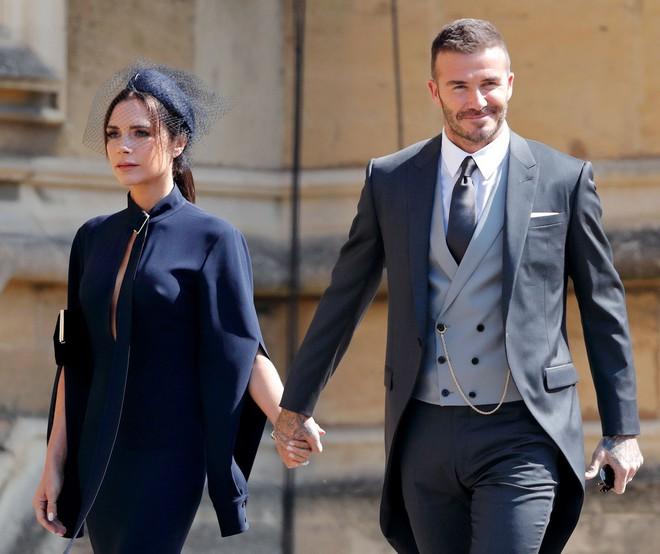 Mặc tin đồn ly dị đến vụng trộm, Beckham vẫn khiến cả thế giới ghen tỵ vì ưu ái vợ cử chỉ đặc biệt này suốt 20 năm - ảnh 6
