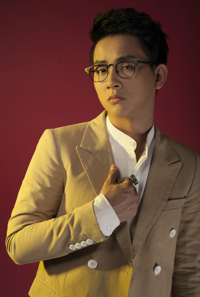 Vừa lộ clip xuề xoà xuống sắc, Hoài Lâm tung ngay ảnh lột xác chuẩn bị tái xuất showbiz - Ảnh 3.