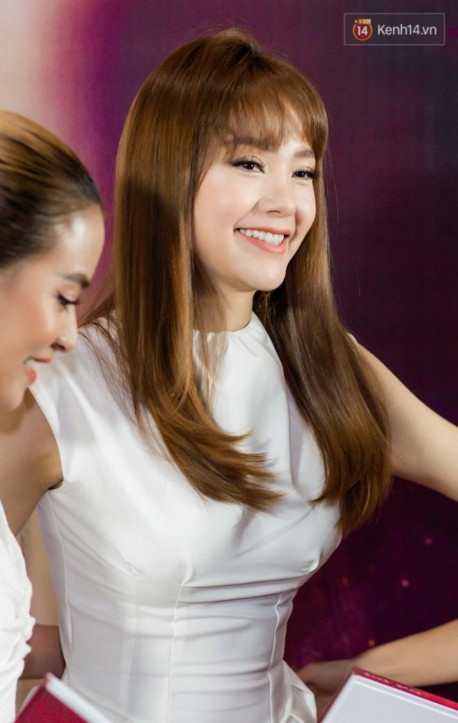 Minh Hằng, Hoàng Thùy Linh khiến fan thích thú với màn song ca Để Mị nói cho mà nghe! - Ảnh 1.