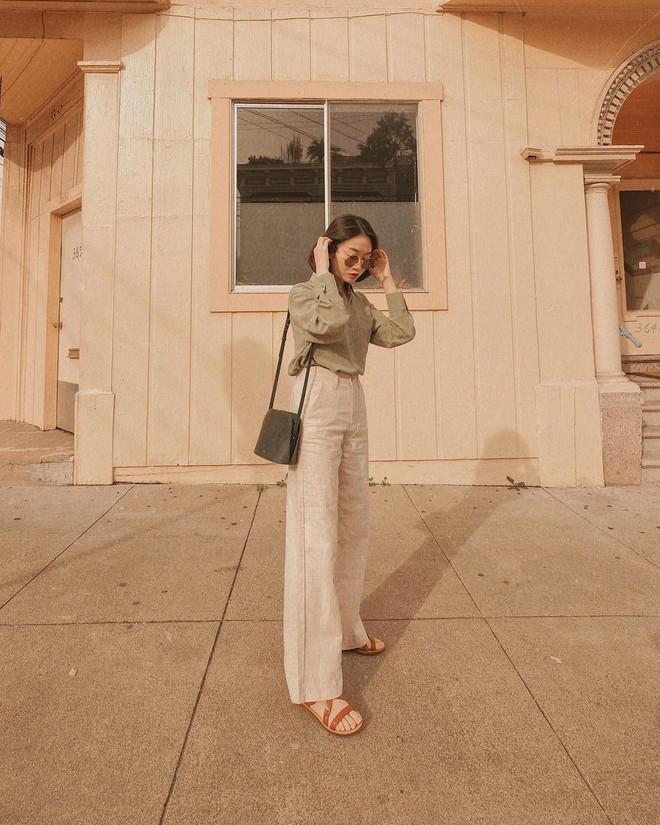 Hè dù nóng hay mát mẻ, áo sơ mi + quần ống rộng vẫn là combo tuyệt diệu nhất cho nàng công sở - ảnh 7