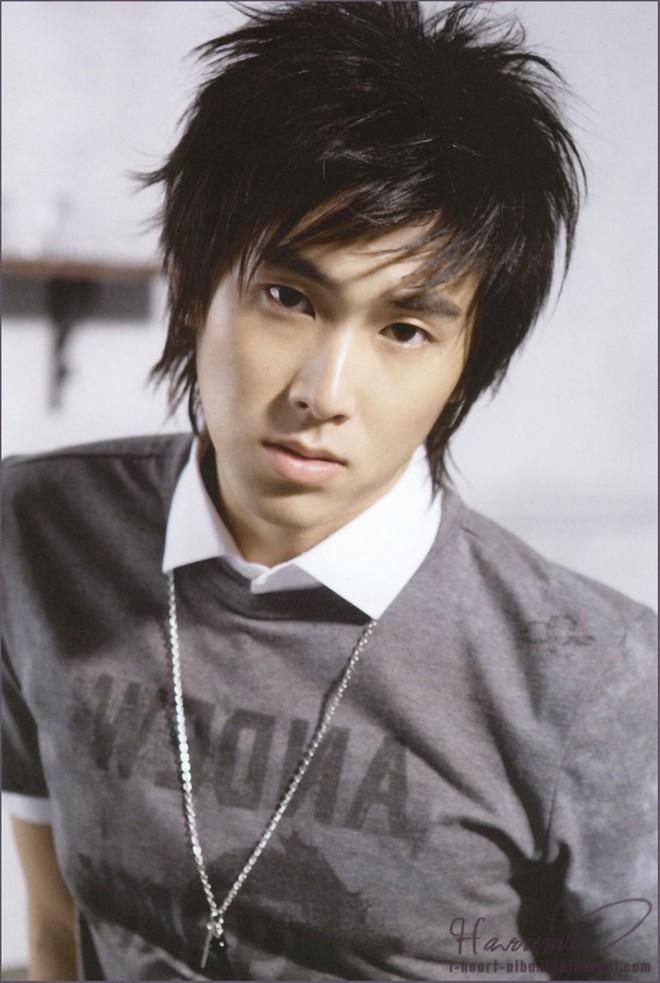 """Những lý do khiến dàn idol """"non xanh"""" phải cúi mình ngả nón trước màn solo của lão đại Kpop Yunho (DBSK) - Ảnh 2."""