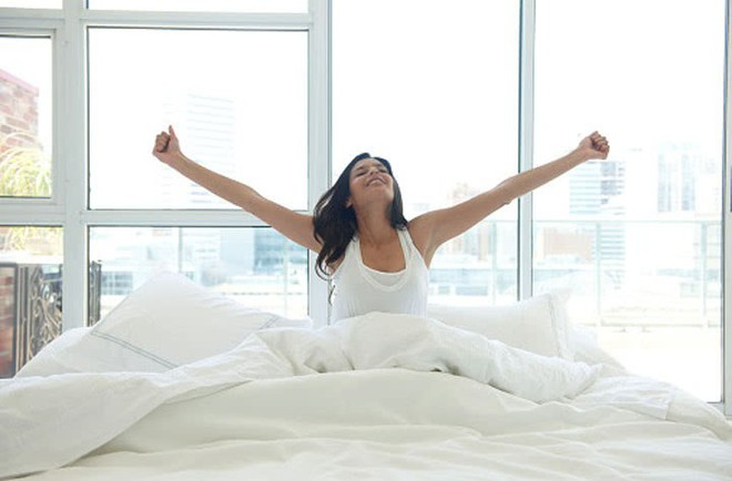 Chăm dậy sớm hơn có thể giúp bạn giảm nguy cơ ung thư vú - Ảnh 1.