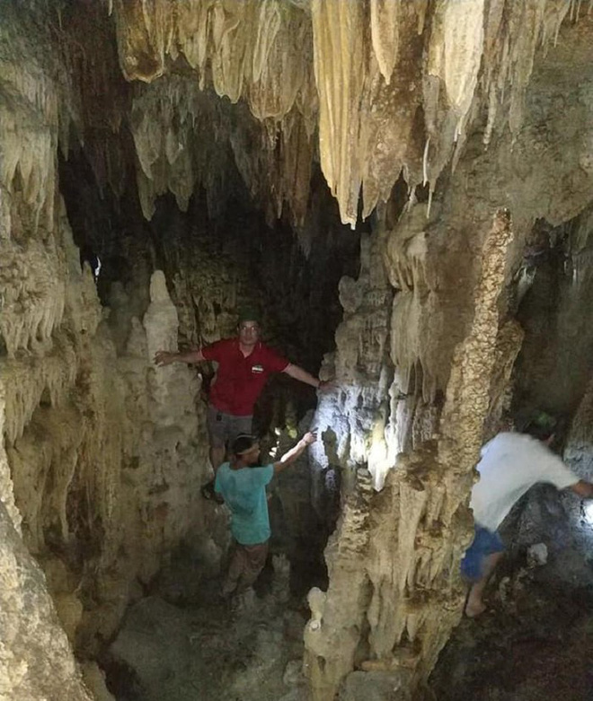 Phát hiện hang động thạch nhũ tuyệt đẹp, có hình thù kỳ lạ ở Quảng Trị - ảnh 1
