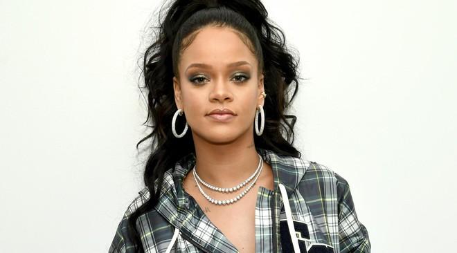 """Những nghệ sĩ nhiều lần """"đặt chân"""" vào top 10 BXH Hot 100: Drake, Taylor Swift và Rihanna sánh vai cùng các bậc tiền bối - ảnh 2"""