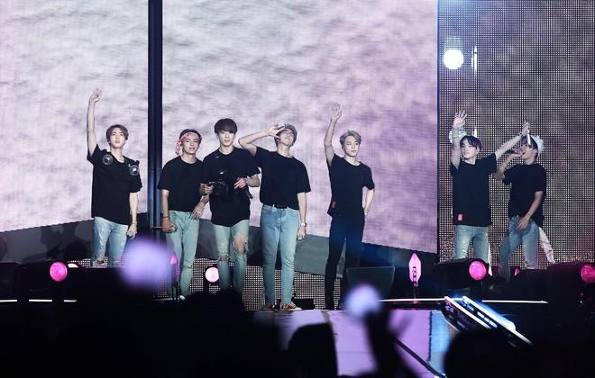 10 tour Kpop có lượt người tham dự cao nhất: BIGBANG bá chủ nhưng thua đàn em, chỉ 1 nghệ sĩ solo góp mặt - ảnh 2