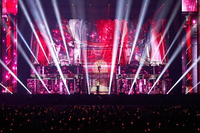 10 tour Kpop có lượt người tham dự cao nhất: BIGBANG bá chủ nhưng thua đàn em, chỉ 1 nghệ sĩ solo góp mặt - ảnh 3