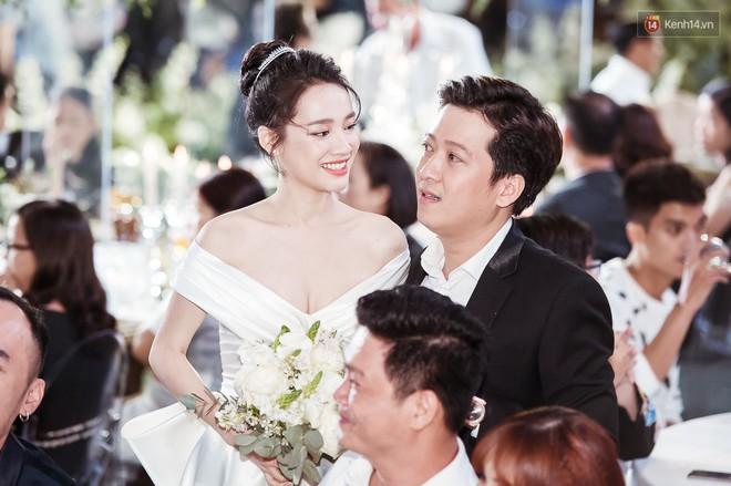 Cường Đô La - Đàm Thu Trang không phục vụ trẻ em dưới 5 tuổi và loạt quy định ngặt nghèo của sao Vbiz trong đám cưới - ảnh 8