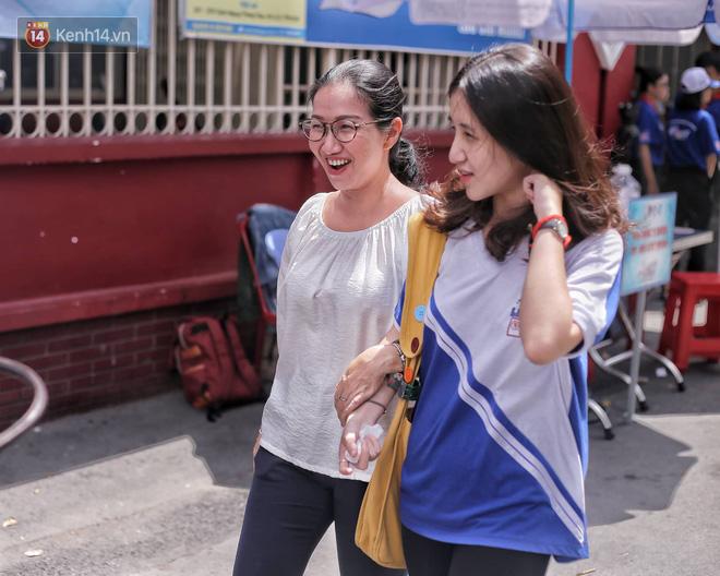 Hơn 600 sinh viên được tuyển thẳng vào ĐH Khoa học Xã hội và Nhân văn TP.HCM: Chủ yếu tập trung ở những ngành hot! - ảnh 1