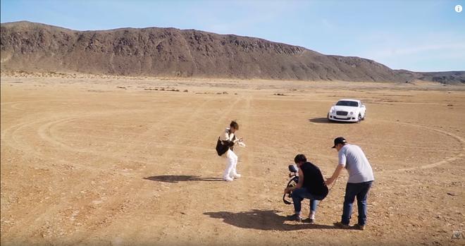 Hé lộ hậu trường của Hãy Trao Cho Anh: loạt khoảnh khắc tình tứ của Sơn Tùng và Madison Beer chưa bao giờ xuất hiện trên MV! - ảnh 5