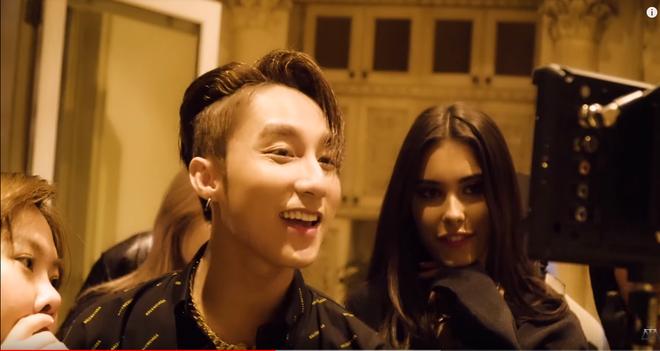 Hé lộ hậu trường của Hãy Trao Cho Anh: loạt khoảnh khắc tình tứ của Sơn Tùng và Madison Beer chưa bao giờ xuất hiện trên MV! - ảnh 2