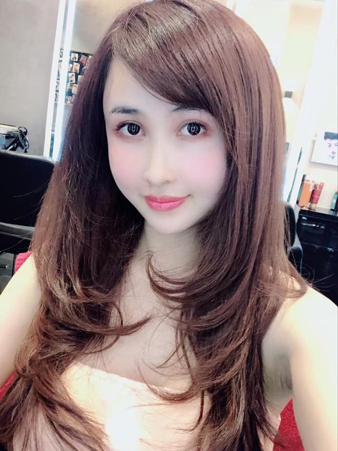 Nhan sắc ngày càng trẻ đẹp của vợ đại gia Minh Nhựa: Body nuột nà không hề thua chị kém em - ảnh 3