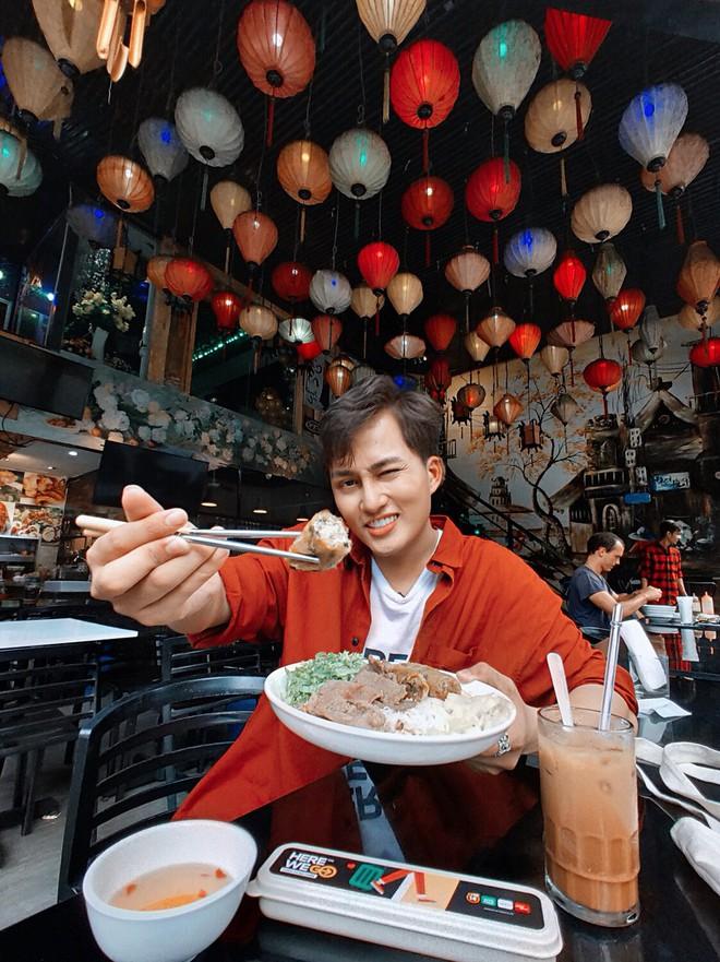 Tinh hoa ẩm thực Việt hội tụ: gỏi cuốn, bánh mì, phở Việt, cà phê sữa đá... có đủ trên bản đồ ăn ngày 2 của Top 10 Here We Go 2019 - ảnh 14