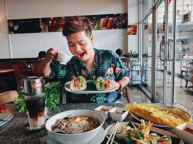 Tinh hoa ẩm thực Việt hội tụ: gỏi cuốn, bánh mì, phở Việt, cà phê sữa đá... có đủ trên bản đồ ăn ngày 2 của Top 10 Here We Go 2019 - ảnh 26