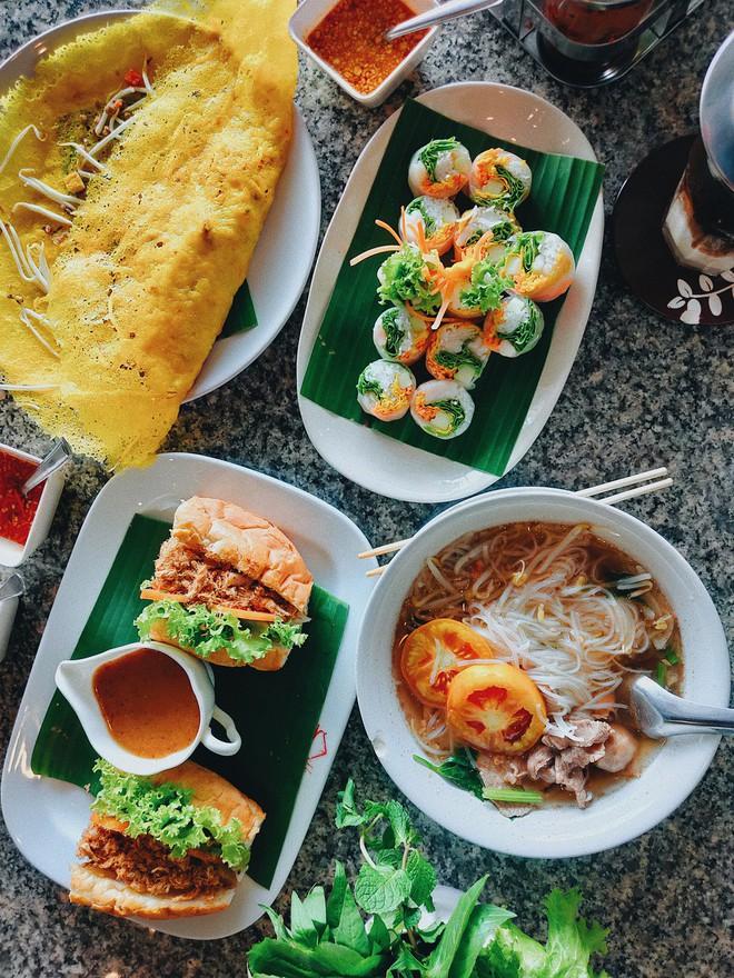 Tinh hoa ẩm thực Việt hội tụ: gỏi cuốn, bánh mì, phở Việt, cà phê sữa đá... có đủ trên bản đồ ăn ngày 2 của Top 10 Here We Go 2019 - ảnh 27