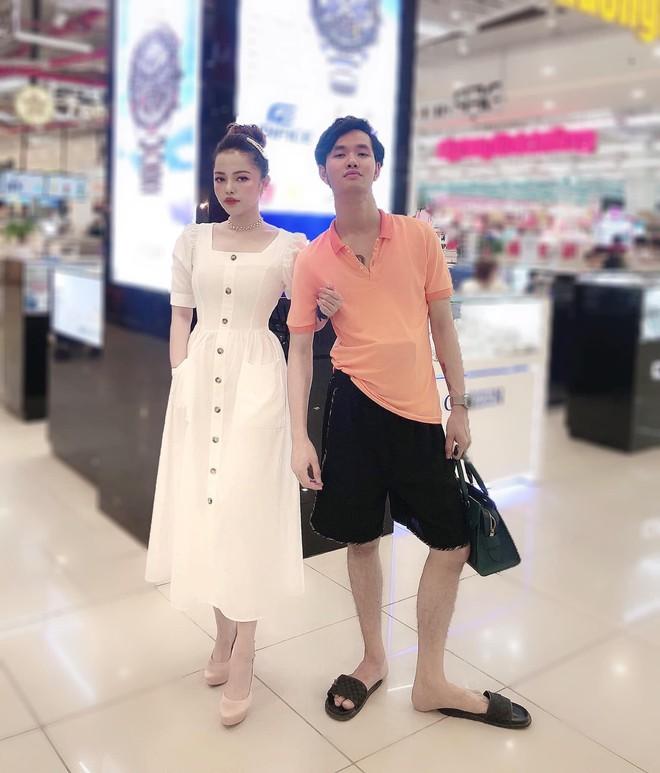 Bức ảnh vợ sang chảnh đứng bên chồng nhếch nhác và quan điểm vợ xấu - vợ đẹp thu hút sự chú ý của dân mạng - ảnh 1