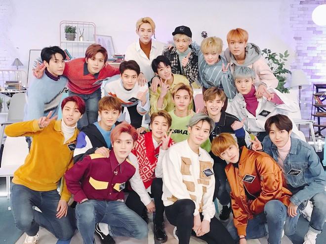 """Top nhóm nam nhảy """"đỉnh"""" nhất Kpop Gen 3: BTS cũng giỏi nhưng không sốc bằng boygroup đông dân nhảy đều như robot - ảnh 7"""