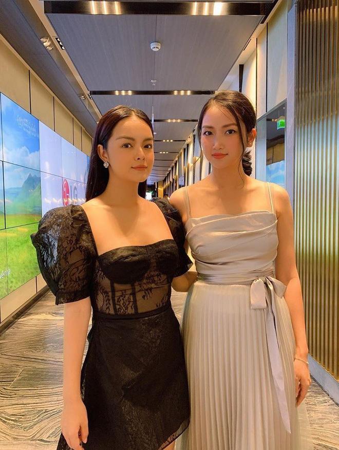 Ai đó kiêng dè váy kén dáng chứ Phạm Quỳnh Anh chẳng ngán diện, đã vậy còn mặc tuyệt đẹp - ảnh 5