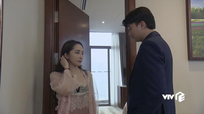 Về Nhà Đi Con tập 65: Vũ ngồi nghe Nhã kể chuyện, Quang kéo bè đến nhà bố Sơn livestream Mẹ Yêu - ảnh 7