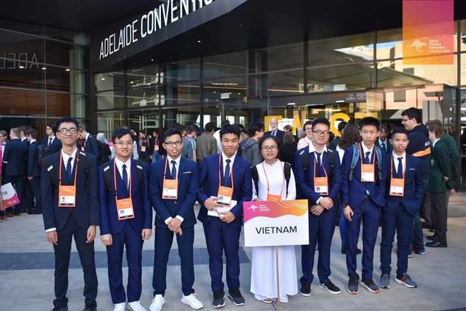 Nữ sinh Việt giành Huy chương Vàng Olympic Vật lý Quốc tế, trở thành thí sinh nữ xuất sắc nhất thế giới: Không phải cứ học là cầm sách lên đọc! - ảnh 4