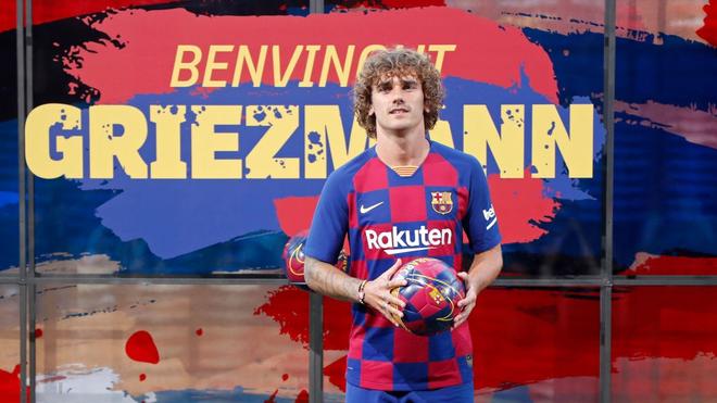 Về Barcelona rồi, bom tấn 120 triệu euro Antoine Griezmann biết đá ở đâu? - ảnh 2