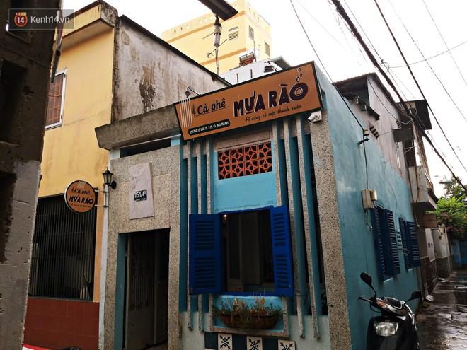 Tìm lại tuổi thơ trong quán cà phê chứa cả bầu trời thanh xuân ở Sài Gòn - Ảnh 1.