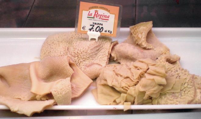Cứ tưởng người phương Tây không ăn mấy món nhũ bò, gan, thận, lá sách, não... nhưng người Pháp lại có các đặc sản này - Ảnh 7.