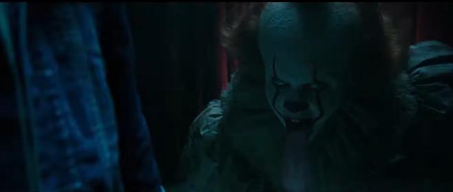 IT 2 tung trailer sợ khiếp vía: Gã hề biến thái Pennywise không chỉ đối đầu nhóm Loser mà ám cả thị trấn! - ảnh 13