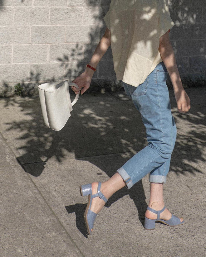 Thêm tips mặc đẹp từ style tưởng như phi thực tế của các Công nương: 3 mẫu giày kết hợp cực nuột với quần jeans - ảnh 11