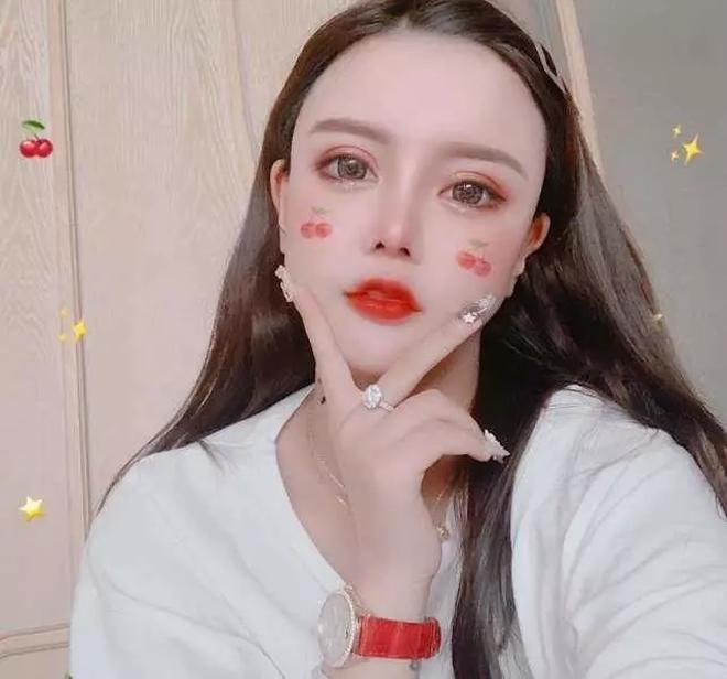 Sau cuộc hôn nhân vỏn vẹn 8 ngày, mẫu nữ Trung Quốc livestream chửi bới tiểu tam rồi nhận trái đắng - ảnh 10
