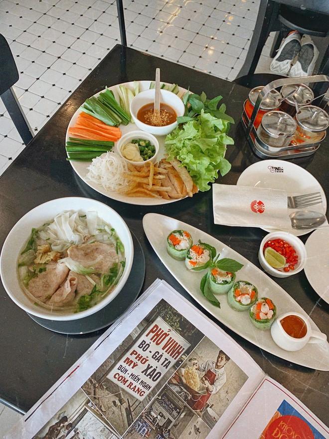 Chuyện cô gái mang chiếc áo dài Việt Nam tự tin ăn sập Bangkok của Here We Go 2019: tự hào phong vị quê hương thân thương trên đất Thái - ảnh 22