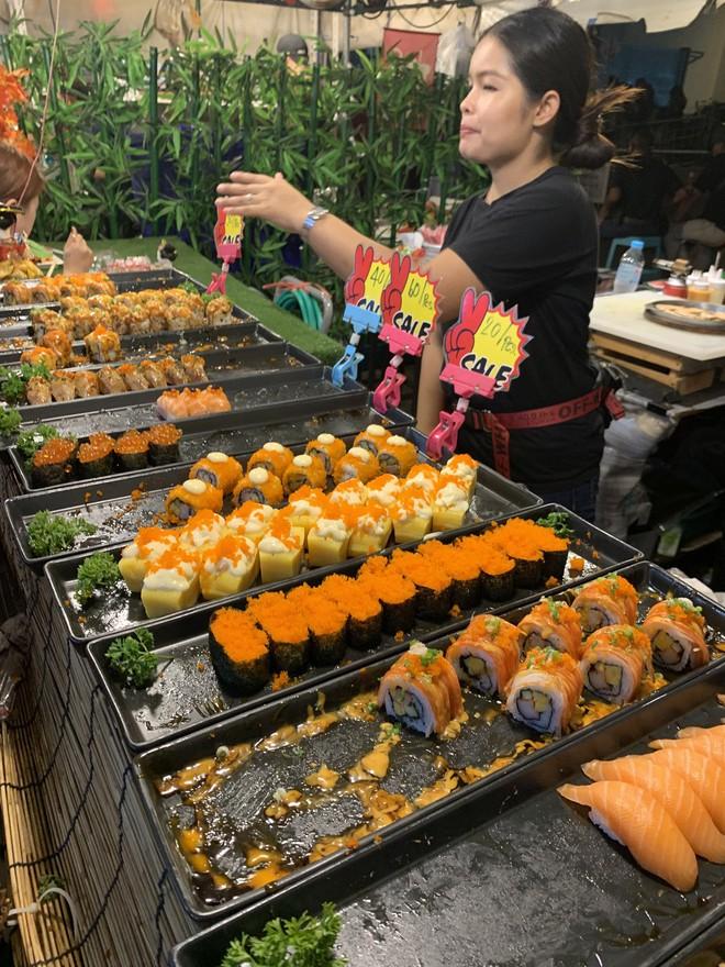 Chuyện cô gái mang chiếc áo dài Việt Nam tự tin ăn sập Bangkok của Here We Go 2019: tự hào phong vị quê hương thân thương trên đất Thái - ảnh 37