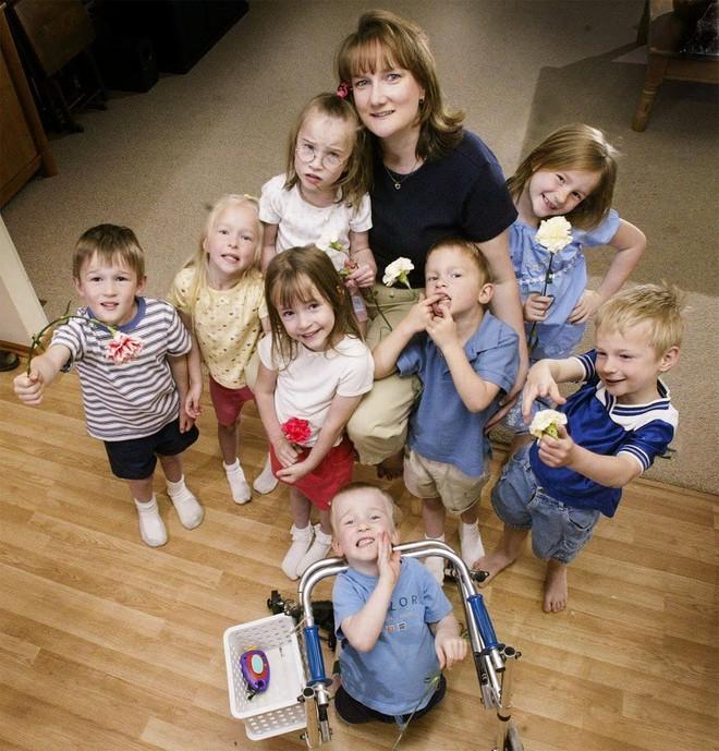Cuộc sống của những đứa trẻ trong ca sinh 7 từng gây chấn động thế giới sau 20 năm giờ ra sao? - ảnh 11