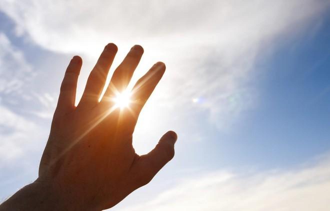 Những nguyên nhân phổ biến gây bệnh lupus không phải ai cũng biết rõ - ảnh 3