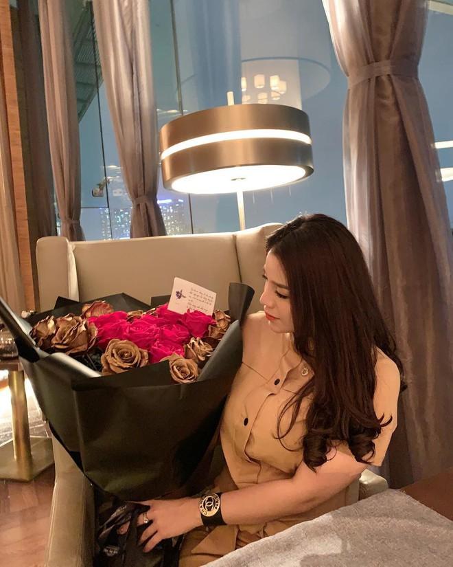 Gout chọn bạn gái của cầu thủ Việt: Xinh thôi chưa đủ, giỏi kinh doanh và con nhà trâm anh thế phiệt nữa mới là full combo - ảnh 13