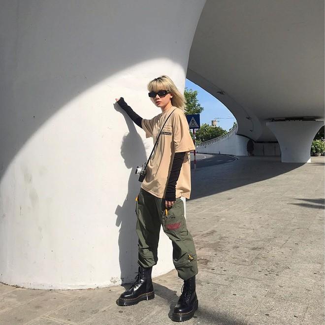 Street style giới trẻ Việt tuần qua: không chỉ đỉnh ở khoản lên đồ mà còn đỉnh ở cả dáng pose chất hơn nước cất - ảnh 8