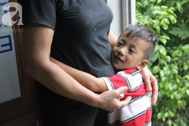 Vợ mất vì ung thư, ông bố trẻ gà trống một mình chạy vạy lo cơm ngày 3 bữa cho 5 đứa con thơ dại - ảnh 9