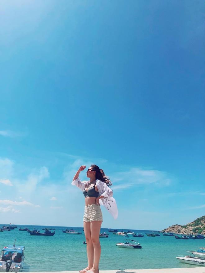 Bạn gái Quang Hải đích thị là điển hình của hội con gái: Hình tự up thì chân dài mét mốt, hình bị chụp mét mốt chia đôi - ảnh 6