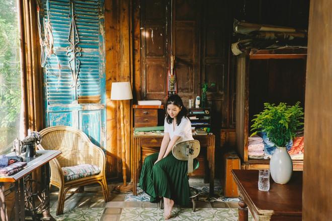 Đạo diễn của nhóm nhạc BTS khai thác vẻ đẹp dịu dàng chưa từng thấy của Suni Hạ Linh trong MV mới - Ảnh 6.