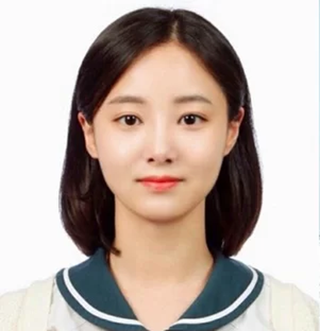 Loạt ảnh hiếm thời đi học của 15 sao Hàn đình đám: Ai cũng thay đổi nhan sắc chóng mặt, khác nhất là Song Hye Kyo, T.O.P, Kim Woo Bin... - ảnh 31