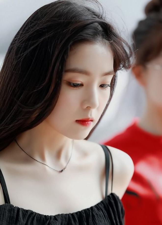 Đẹp như búp bê sống trong loạt ảnh mới nhất, ai ngờ nữ thần đẹp nhất nhà SM đã bước sang độ tuổi U30? - ảnh 7