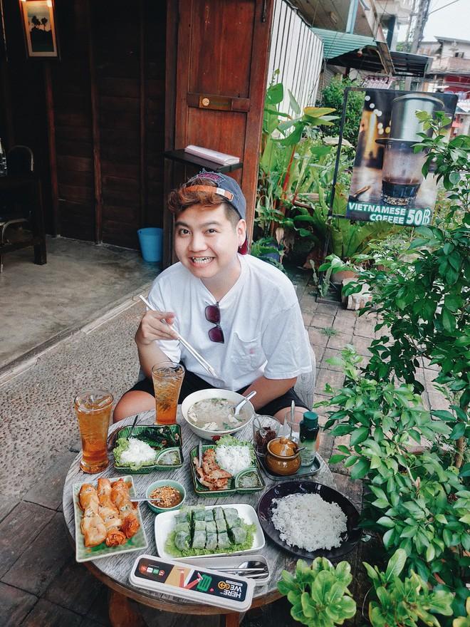 """Từ Chiềng Mai đến Chiang Mai: chàng trai top 10 Here We Go 2019 tìm thấy hương vị quê nhà quá đỗi quen thuộc giữa """"đoá hồng phương Bắc"""" Thái Lan - ảnh 22"""