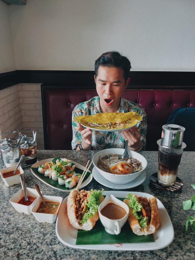 """Từ Chiềng Mai đến Chiang Mai: chàng trai top 10 Here We Go 2019 tìm thấy hương vị quê nhà quá đỗi quen thuộc giữa """"đoá hồng phương Bắc"""" Thái Lan - ảnh 26"""
