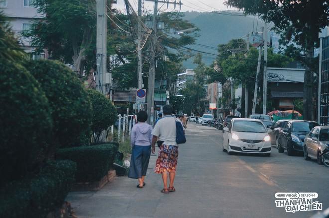 """Từ Chiềng Mai đến Chiang Mai: chàng trai top 10 Here We Go 2019 tìm thấy hương vị quê nhà quá đỗi quen thuộc giữa """"đoá hồng phương Bắc"""" Thái Lan - ảnh 7"""
