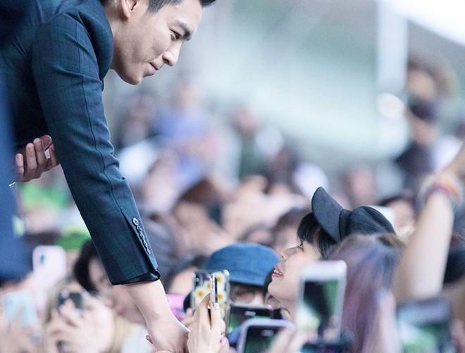 T.O.P (Big Bang) cuối cùng đã trở lại Instagram sau 2 năm, khiến dư luận đổi chiều nhờ lời hối lỗi và một hành động - Ảnh 2.
