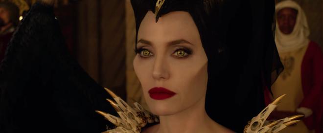 Maleficent 2 bất ngờ đẩy lịch chiếu sớm cả năm vì sự nghiệp phá hoại vũ trụ của Angelina Jolie? - Ảnh 4.